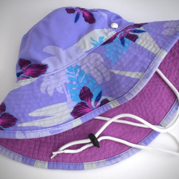 67f7152539d Tuga Girls Reversible Bucket Hat M Floral UPF 50. M 5b2a735e2e1478de21a8c8c2